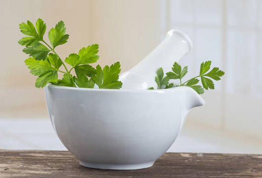 Drinking Parsley Tea Can Help You Lose Weight