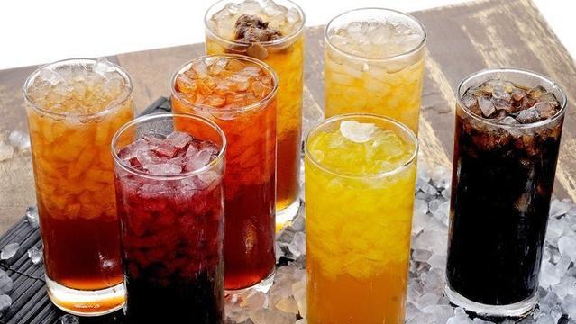 Ученые назвали смертельно опасные напитки